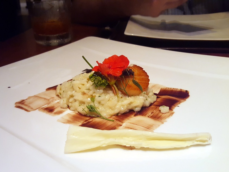 AOP Risotto with Scallop Carpaccio and white chocolate shavings, Romanos, JW Marriott, Sahar