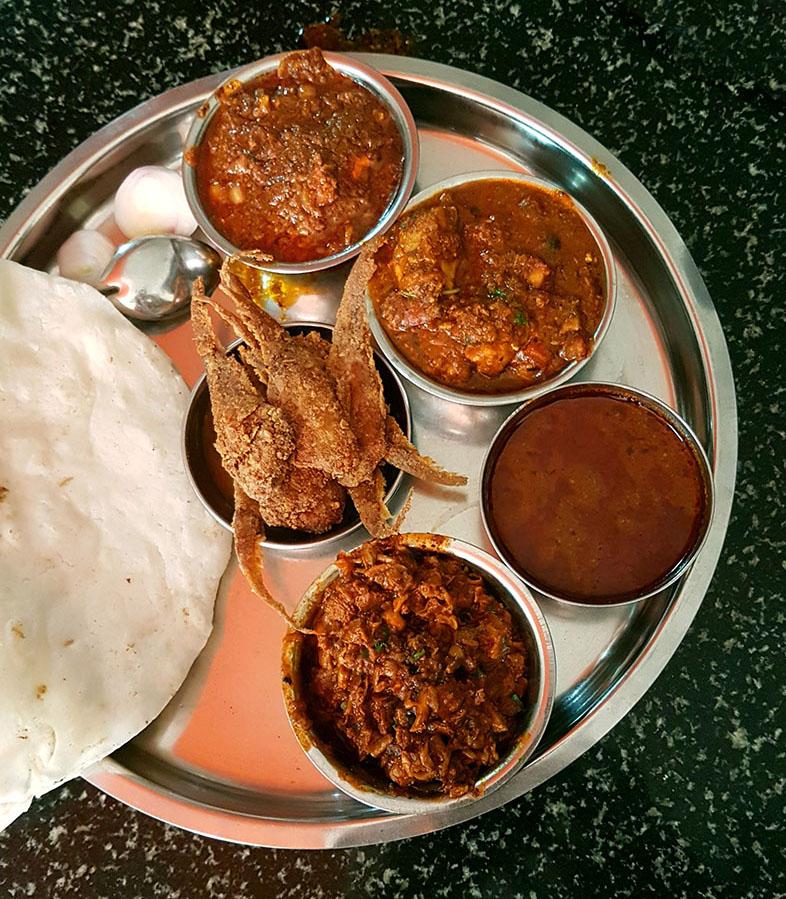 Bheja masala, mori masala, rassa, vajri masala, rice bhakri, mandeli fry at Hotel Maratha