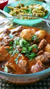 Kosher Mangsho, Spices and Friends